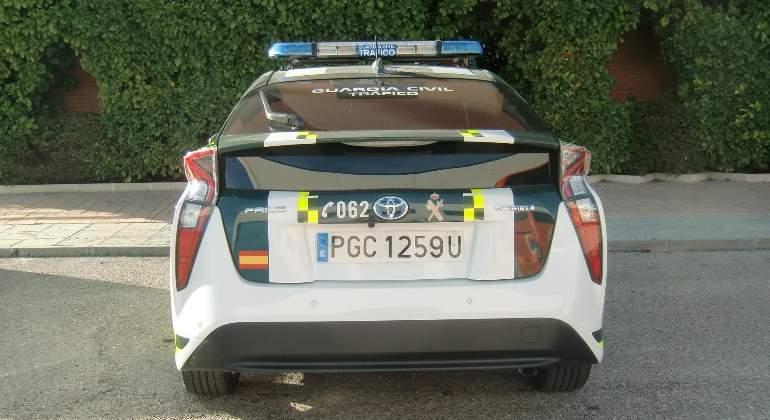 La Guardia Civil de Tráfico el Toyota Prius a su flota: Así es el coche híbrido que han estrenado