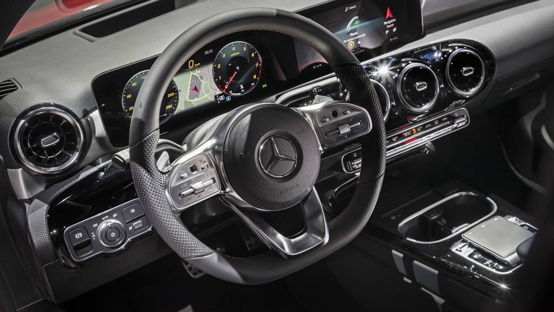 Nuevo Mercedes Clase A: más premium, más líder