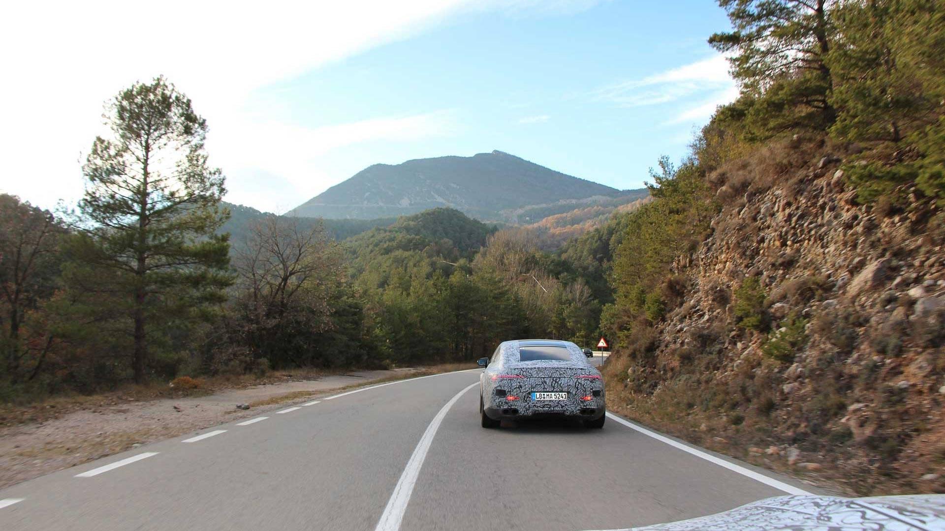 Oficial: Mercedes AMG GT Coupé, ¡ya casi está aquí!
