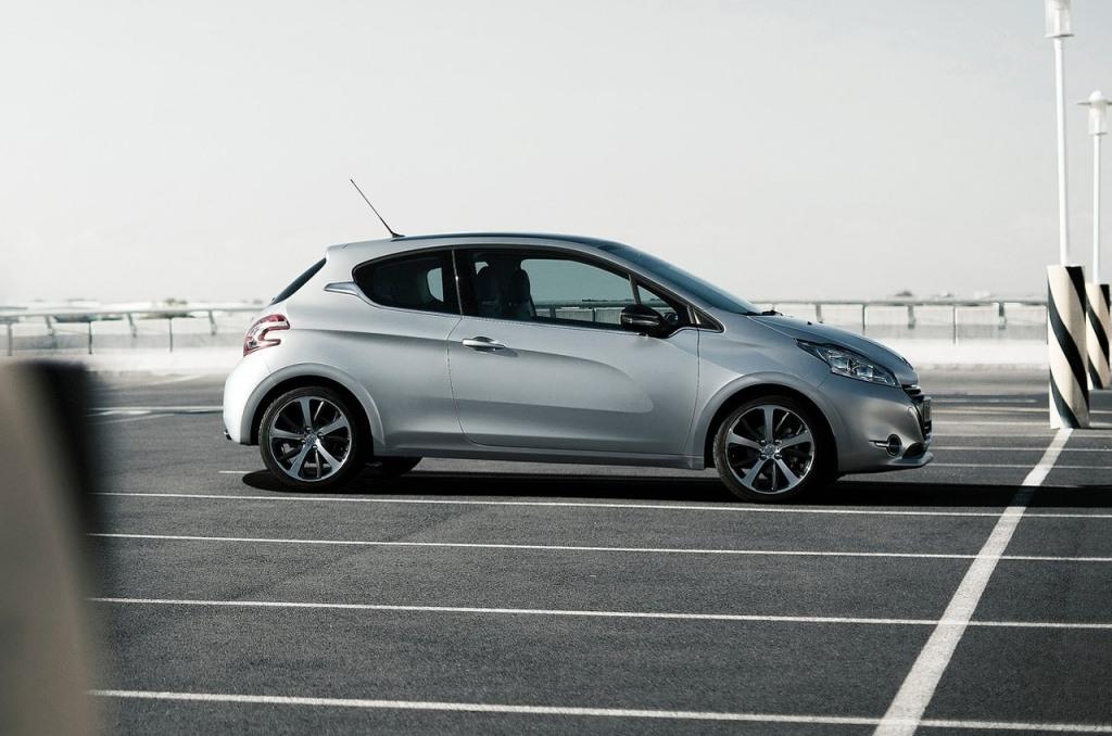 El Peugeot 208 de tres puertas cesa su comercialización... y también los 208 GTi