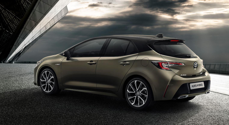 El Toyota Auris 2018 dice adiós al diésel: La apuesta fuerte por la hibridación