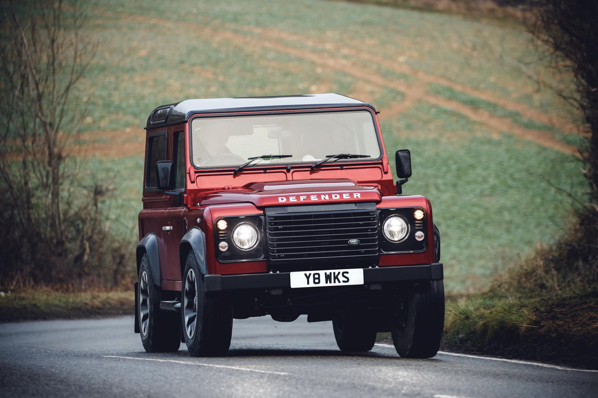 Más cerca del nuevo Land Rover Defender: tecnología y eficiencia, requisitos imprescindibles