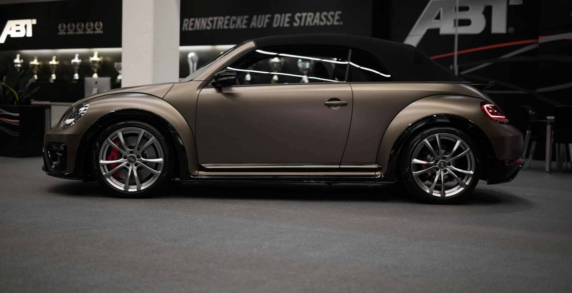 el-volkswagen-beetle-cabrio-de-abt-se-transforma-por-completo-asi-luce-ahora-esta-unidad-personalizada-03