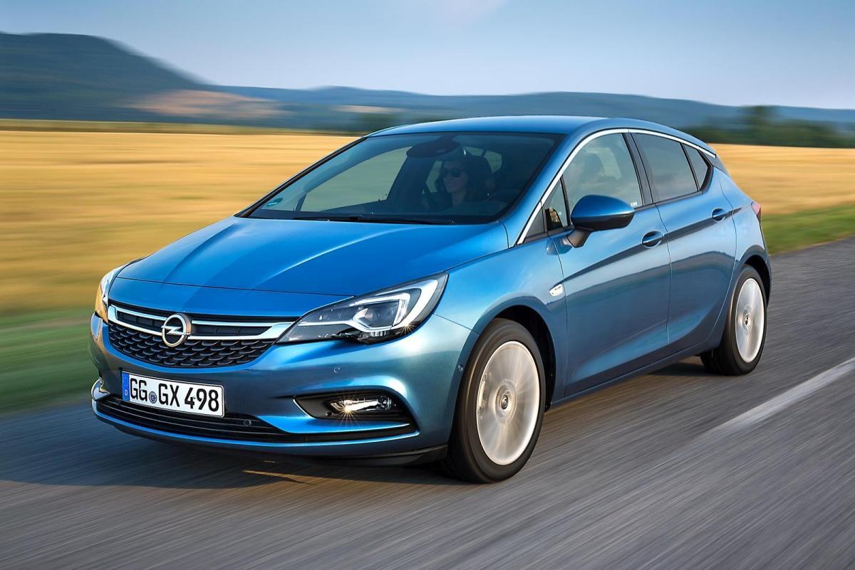 ¿Es posible alcanzar los 696 km/h con un Opel Astra? Un radar afirma que sí