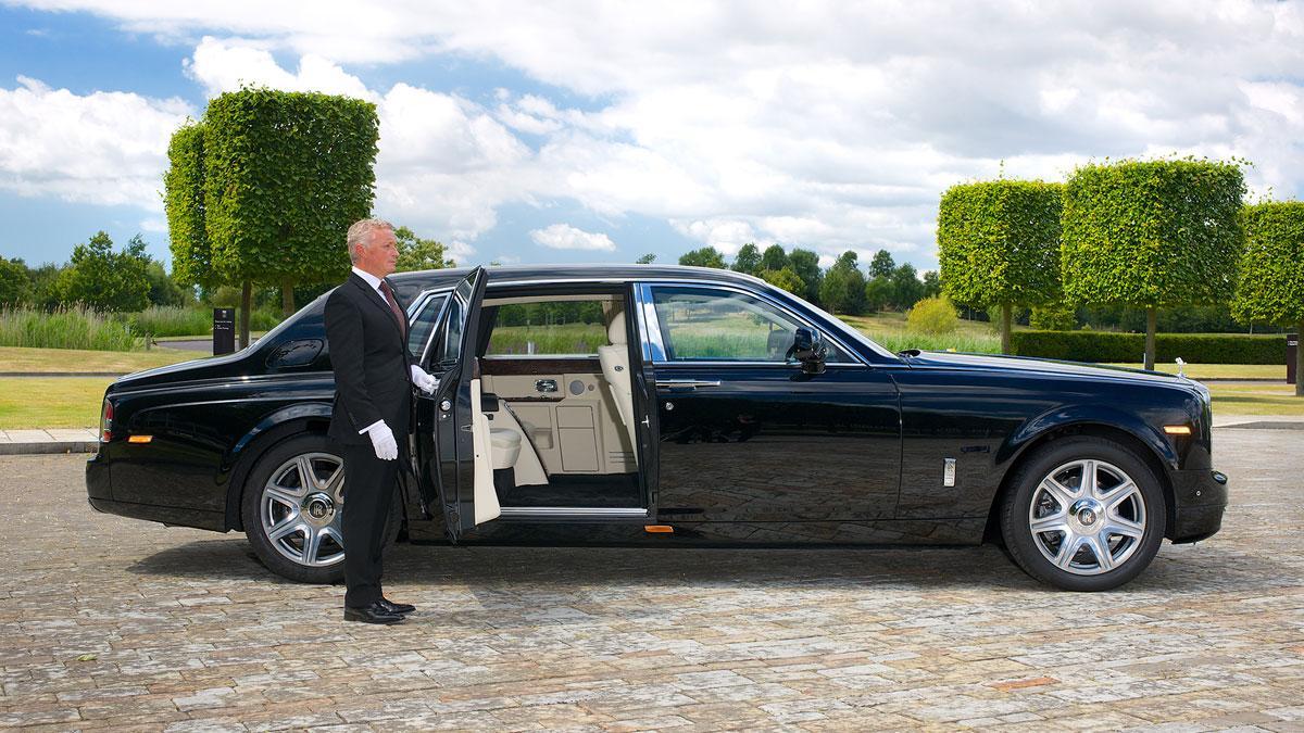 ¿Por qué a Rolls-Royce no le interesa la conducción semiautónoma?