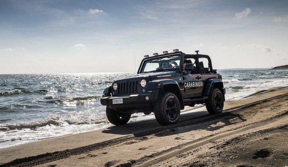 asi-es-el-jeep-wrangler-modificado-con-los-que-patrulla-la-policia-italiana-en-la-playa-09