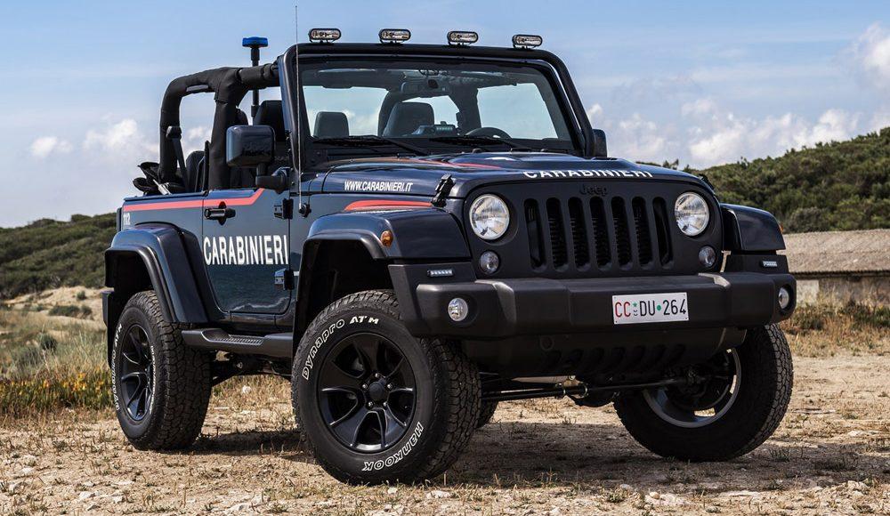 asi-es-el-jeep-wrangler-modificado-con-los-que-patrulla-la-policia-italiana-en-la-playa-14
