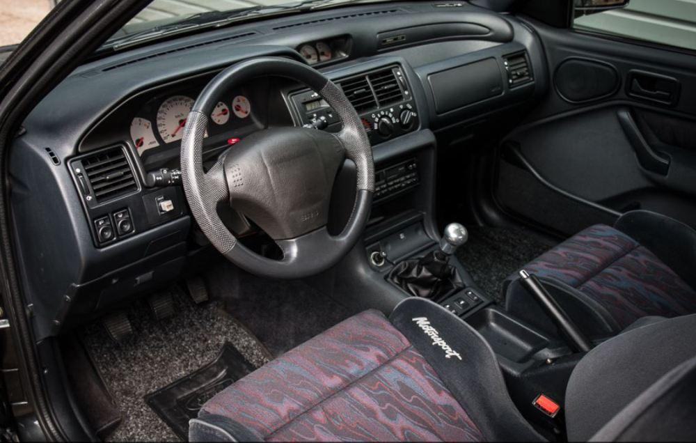 Sale a subasta un Ford Escort RS Cosworth Motorsport Edition de 1994