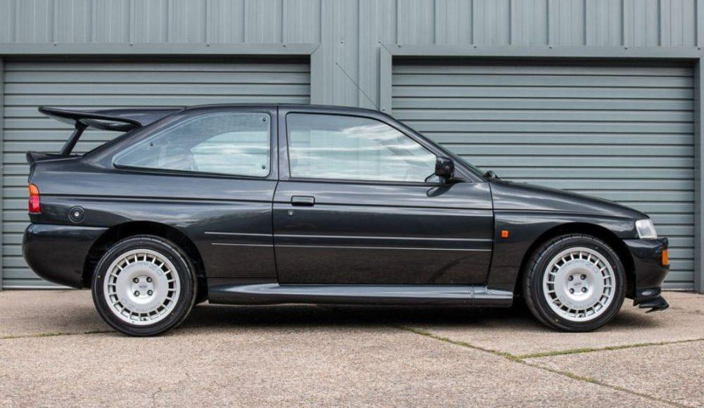 sale-a-subasta-un-ford-escort-rs-cosworth-motorsport-edition-de-1994-06