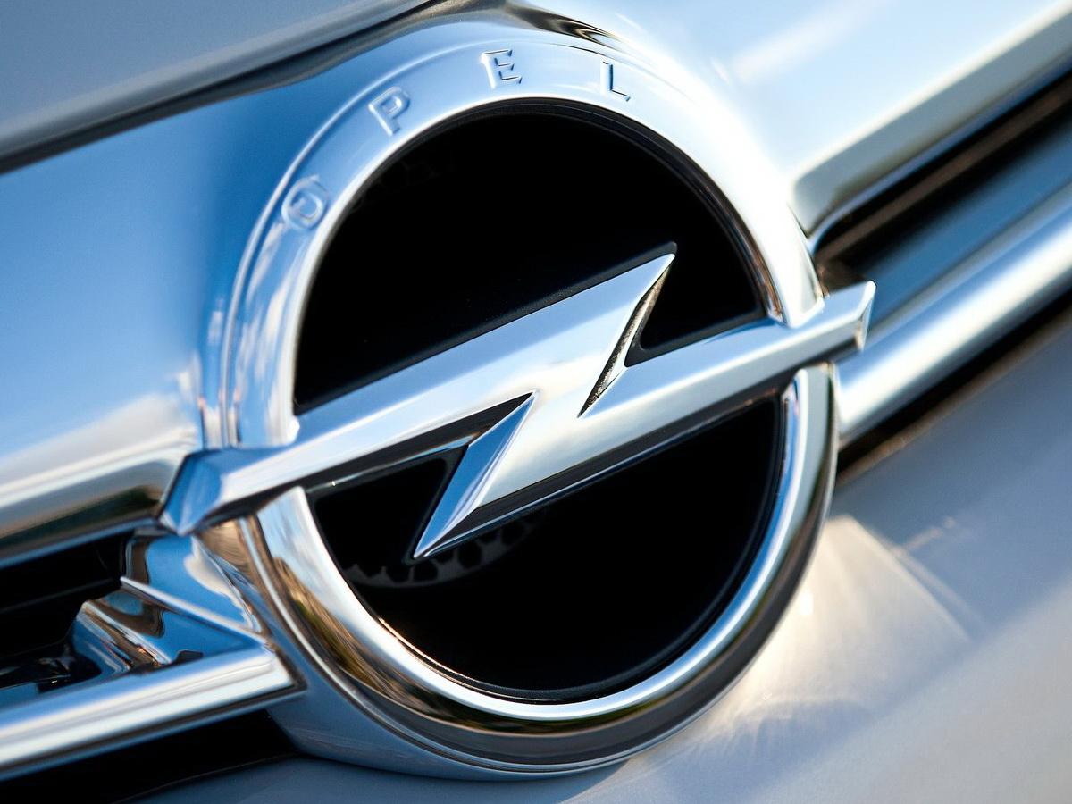 La policía alemana registra las oficinas de Opel: ¿Estamos ante un nuevo fraude de emisiones?