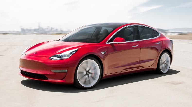 El Tesla Model 3 podría llegar a España antes que el Audi e-tron