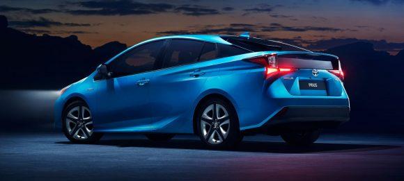 El Toyota Prius 2019 llega con la posibilidad de montar tracción total