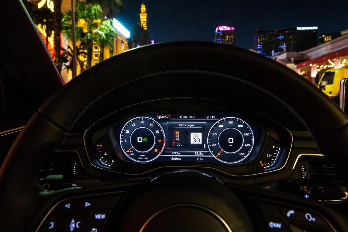 Audi quiere que te despidas de los semáforos en rojo: te dirá la velocidad ideal para que llegues siempre a los semáforos en verde