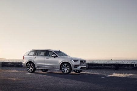 El Volvo XC90 2019: Ahora con el sistema de frenada regenerativa KERS