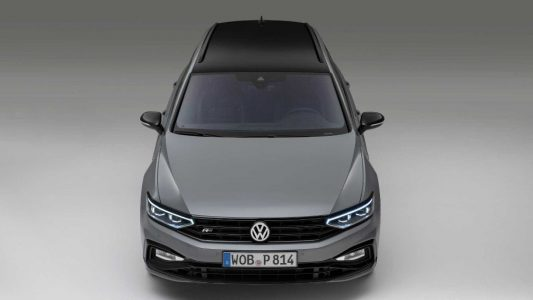 Volkswagen Passat Variant R-Line Edition: Traje deportivo para el familiar