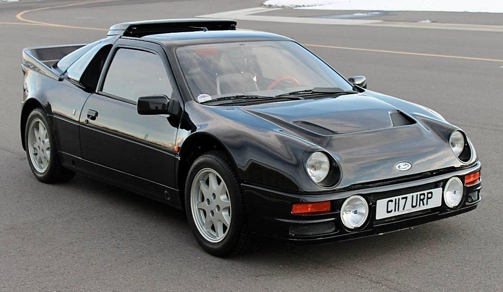 alguien-ha-pagado-250-000-euros-por-un-ford-rs200-de-color-negro-con-menos-de-2-000-km-14