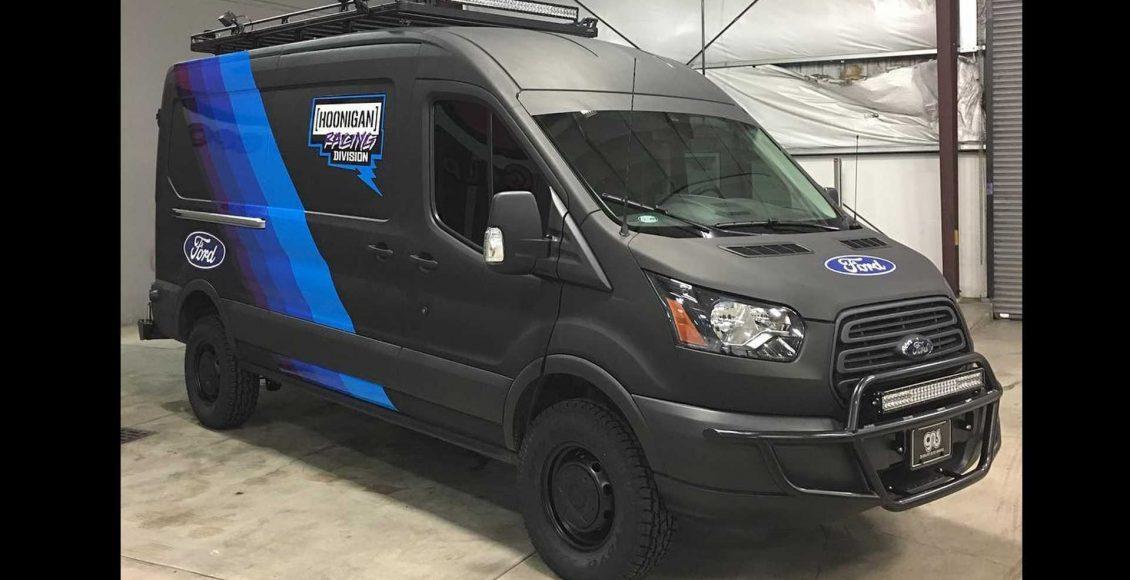 la-ford-transit-que-acompanan-a-ken-block-son-asi-de-espectaculares-310-cv-traccion-4×4-y-doble-turbo-07