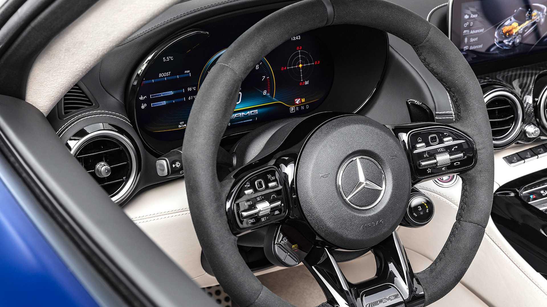 Mercedes AMG GT R Roadster: tan rápido como el coupé, ¡ya es oficial!