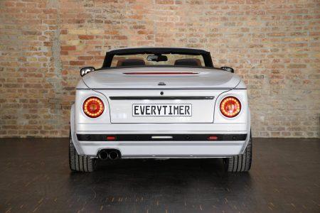 ¿Quieres transformar tu 135i Cabrio en un BMW 2002 Cabrio? Si tienes 70.000 euros, puedes