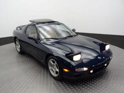 Alguien ha pagado más de 60.000 euros por un Mazda RX7 FD con 7322 kilómetros