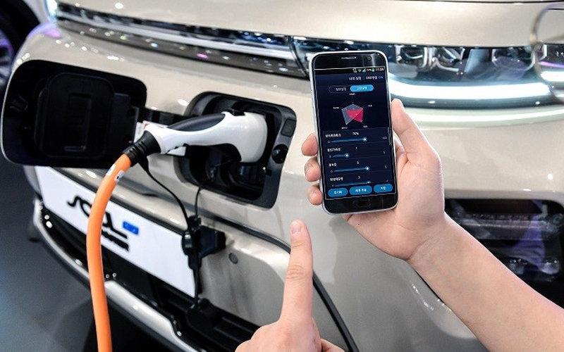 Los Hyundai y Kia eléctricos se podrán reprogramar desde una app para smartphone