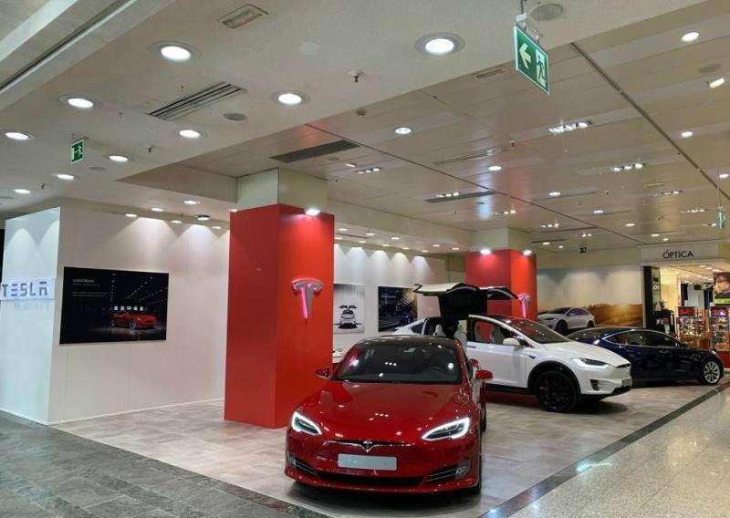 Tesla abre su primera tienda en Valencia: Ya tiene cinco establecimientos en España