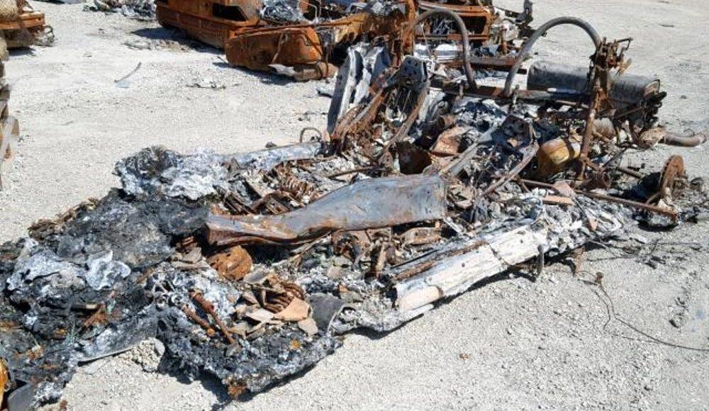 tienen-algun-valor-los-restos-carbonizados-de-un-ferrari-f355-spider-de-1999-parece-que-si-08