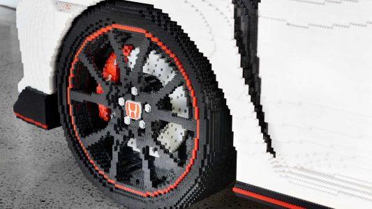 Vídeo: Este Honda Civic Type R de LEGO a escala real te dejará sin palabras