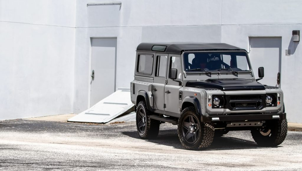 Land-Rover-Defender-Project-Soho-por-ECD-1