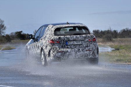 El BMW Serie 1 2020 comienza su destape: Con instrumentación digital