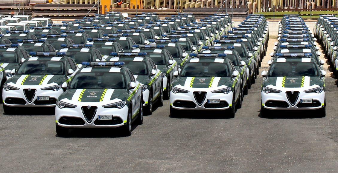 Alfa-Romeo-Stelvio-Guardia-Civil-2
