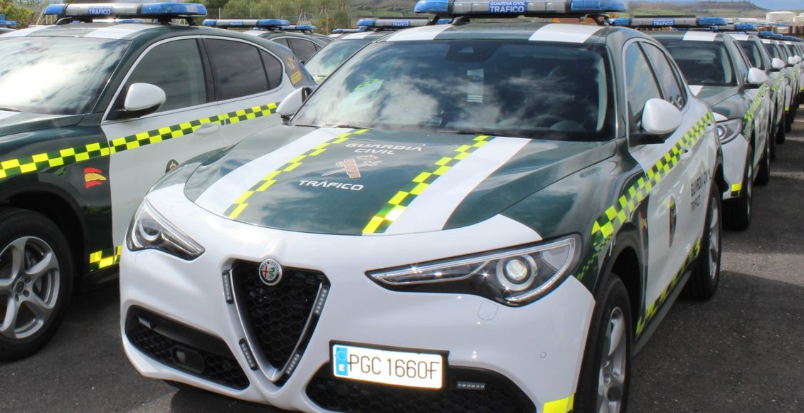 Alfa-Romeo-Stelvio-Guardia-Civil-4