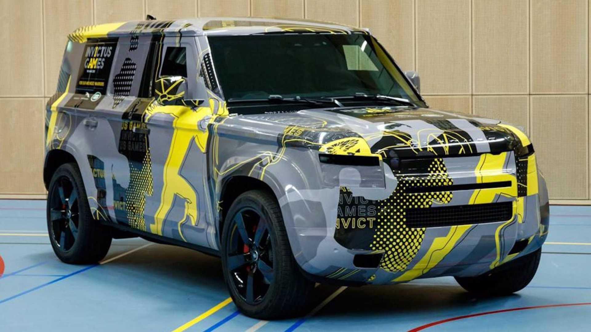 Nuevas fotos oficiales del Land Rover Defender, casi al descubierto