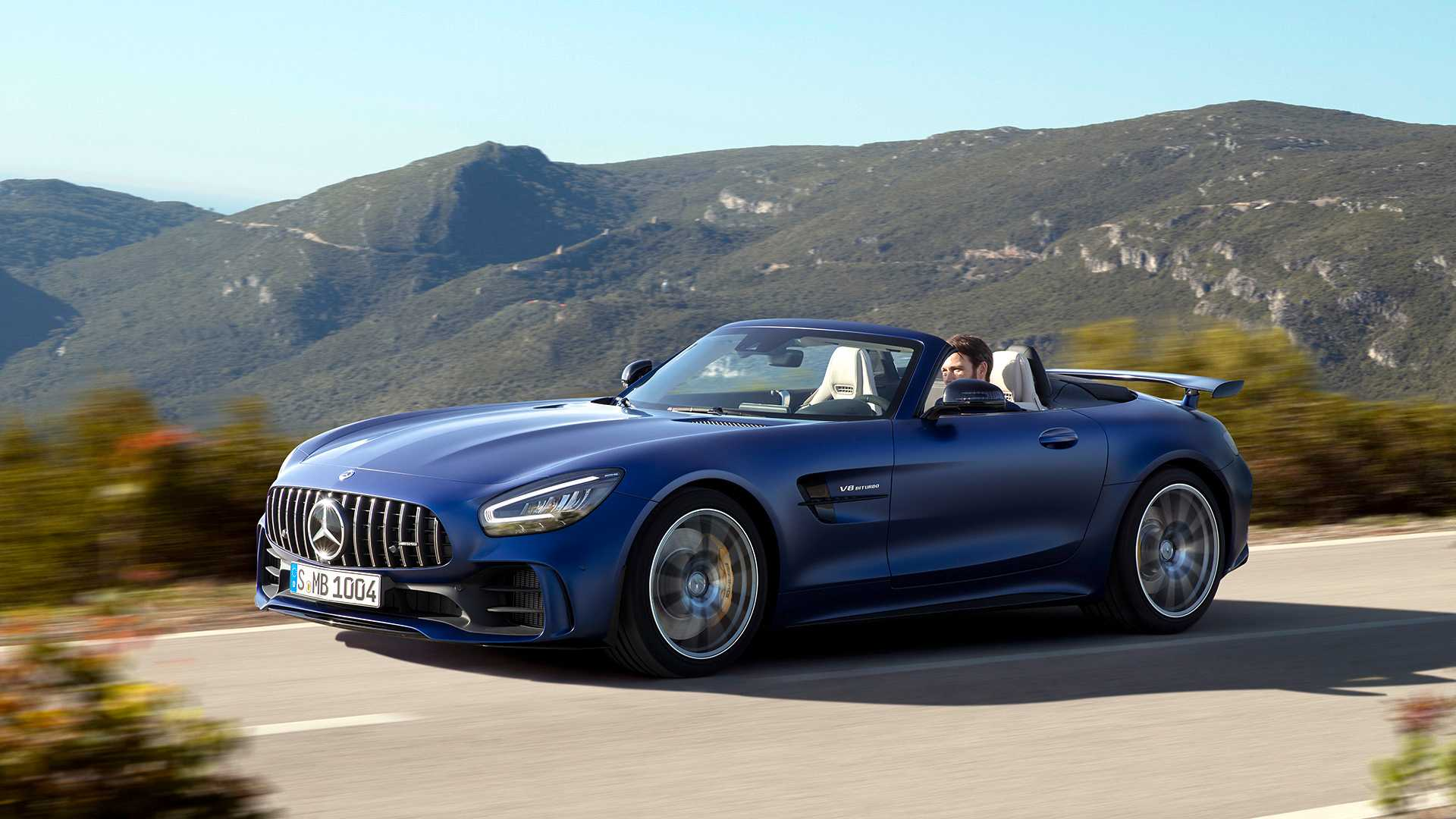 Ya disponible el espectacular Mercedes-AMG GT R Roadster: Desde 250.000 euros