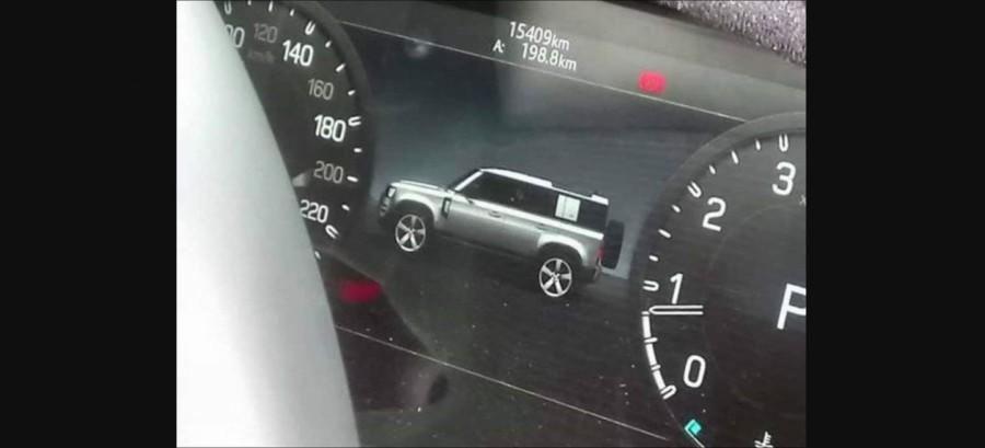El nuevo Land Rover Defender vuelve a filtrarse... gracias a una foto del cuadro de instrumentos