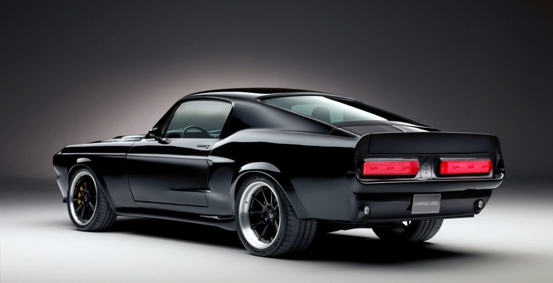 96694d98-ford-mustang-ev-charge-03 (1)