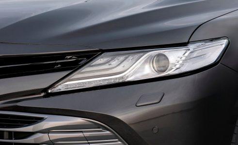 Toyota Camry Hybrid 2019: Sólo con motor híbrido y a partir de 32.300 euros