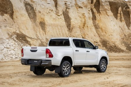 Toyota Hilux Legend Black: Cambios estéticos para desmarcarse de la gama