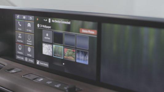 Así es el interior del Honda e: Asistente virtual, acceso con llave digital y un total de cinco pantallas
