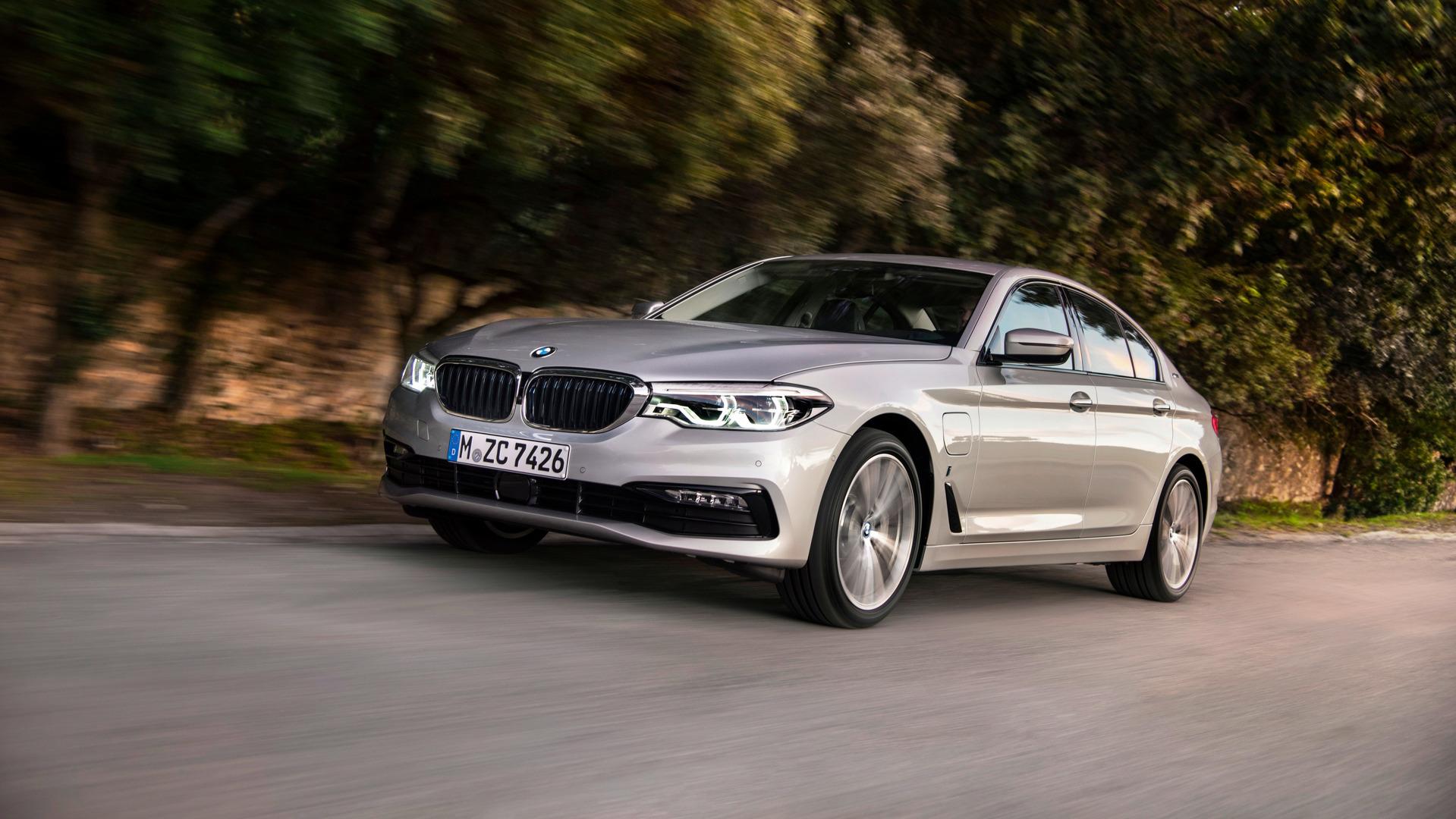 El BMW 530e iPerformance 2019 aumenta su autonomía eléctrica hasta los 66 km