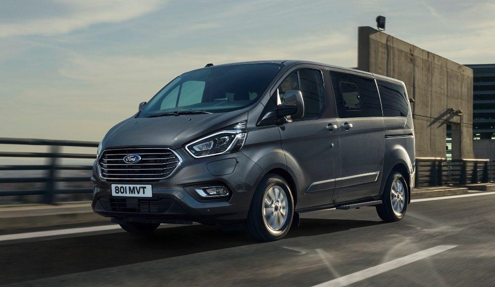 Ford-Tourneo-Custom-Plug-In-Hybrid-2