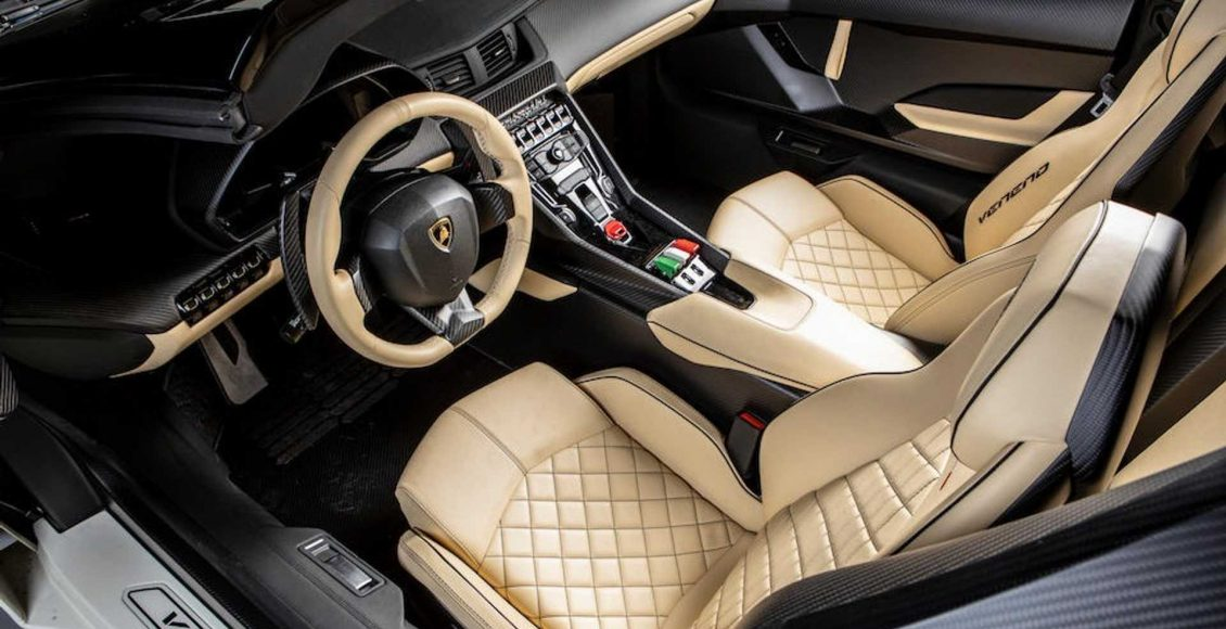 Lamborghini-Veneno-Roadster-12