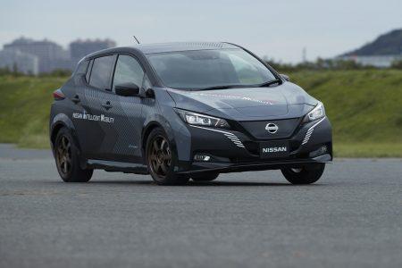 Nissan ha construido un Leaf con dos motores eléctricos, tracción total y más de 300 CV