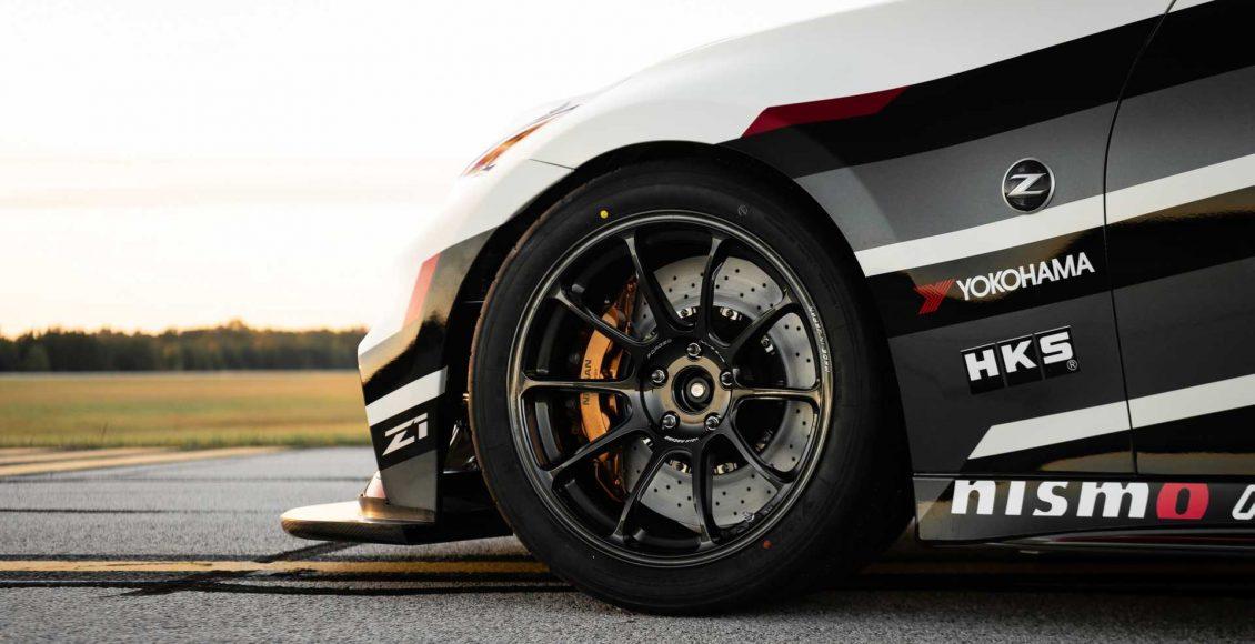 Nissan-370Z-por-Z1-Motorsports8