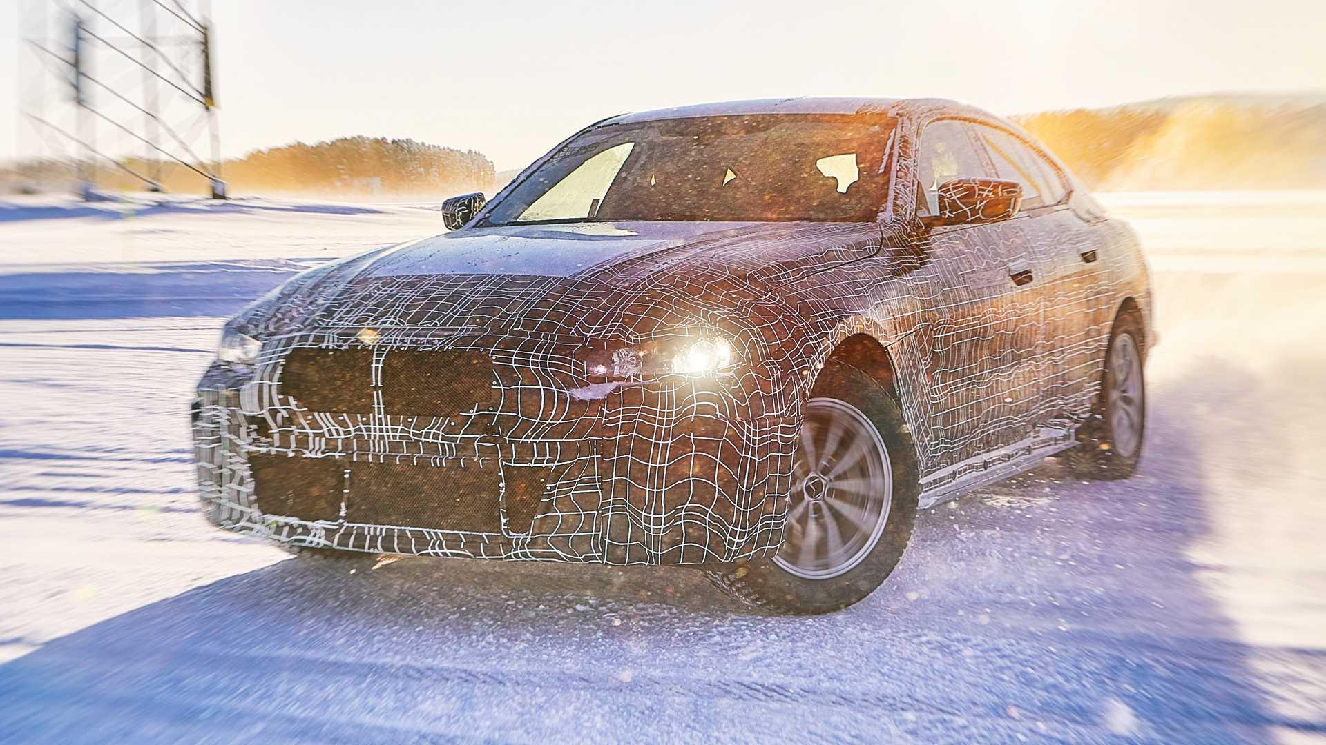 ¡Oficial! Cifras y datos del BMW i4, ya conocemos potencia y autonomía