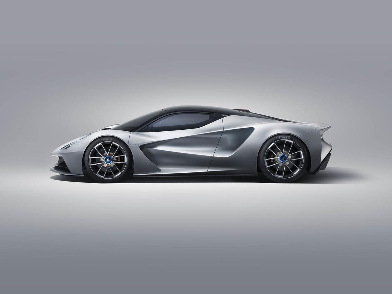 Vídeo: El Lotus Evija de 2.000 CV y tracción total se mueve así de bien en circuito