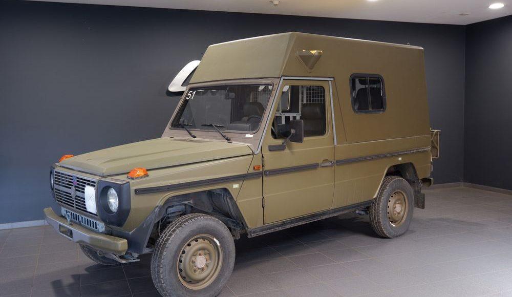 Mercedes-Benz-Clase-G-militar-a-la-venta-4