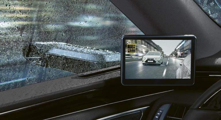 El Lexus ES 300h también se suma a la moda de los retrovisores digitales
