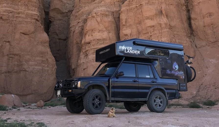 Este Land Rover Discovery camperizado está listo para la aventura