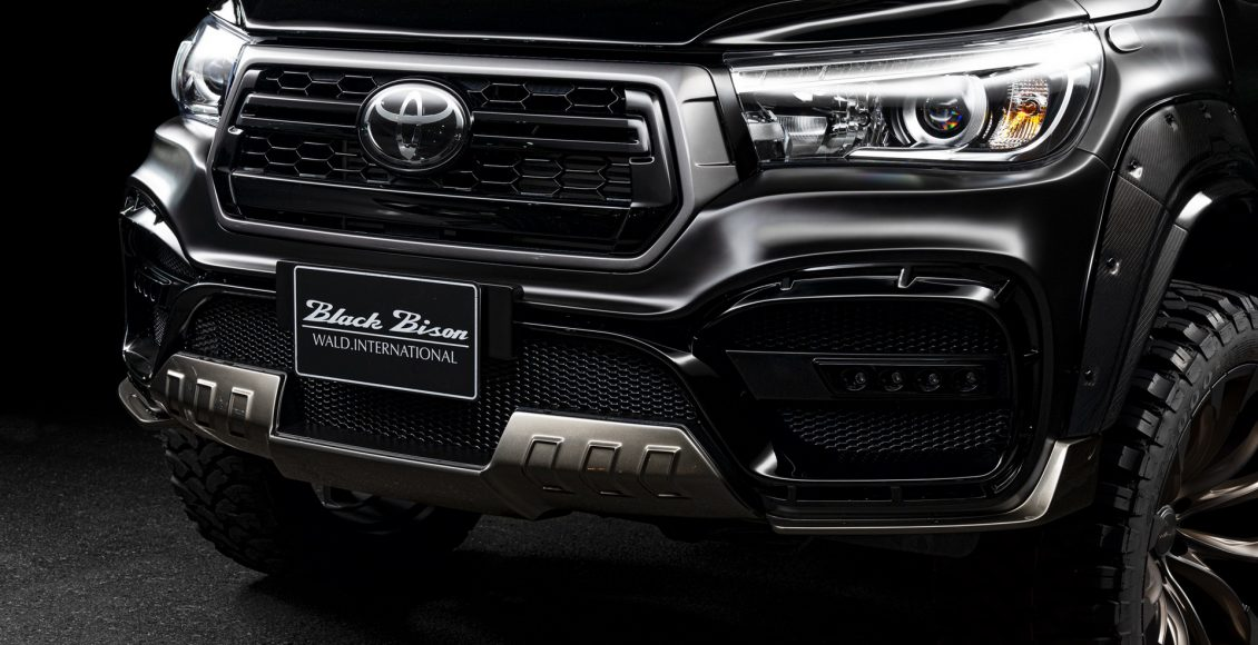 Toyota-Hilux-Sports-Line-Black-Bison-Edition-2020-2
